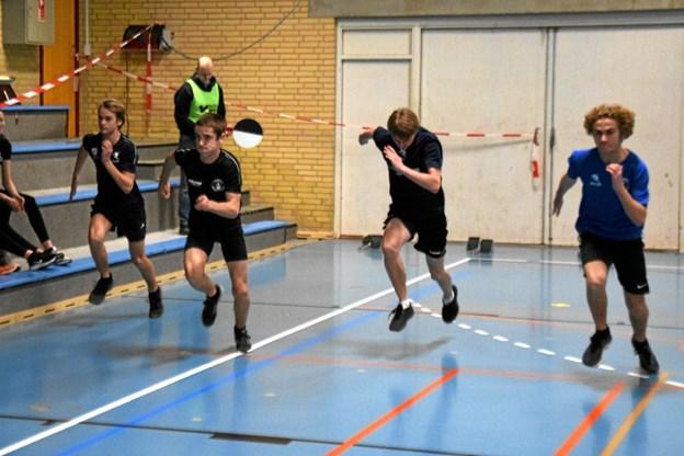 Der bliver gået til stålet i 15-16 års gruppen i 2 x 30m sprint. fra v. Marius U Østergaard, Jelmer Scholten, Jeppe Bruun og Frederik R. Larsen. Gunnar Møller Nielsen