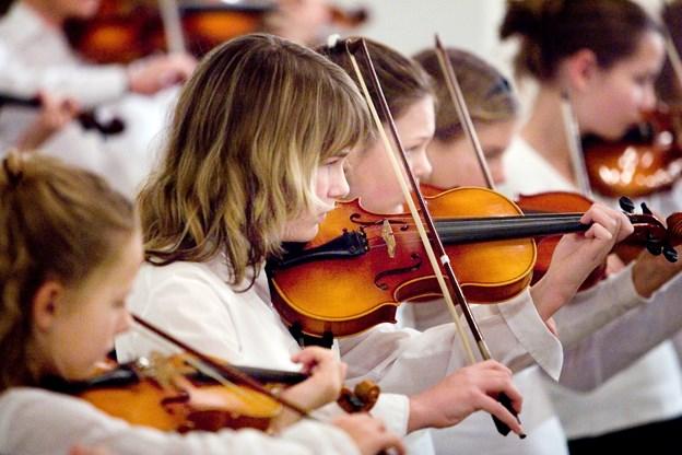 Den kommende weekend er der workshop hos Morsø Suzuki Skole med violinist Louise Hyrup som gæstelærer.Arkivfoto: Bo Lehm