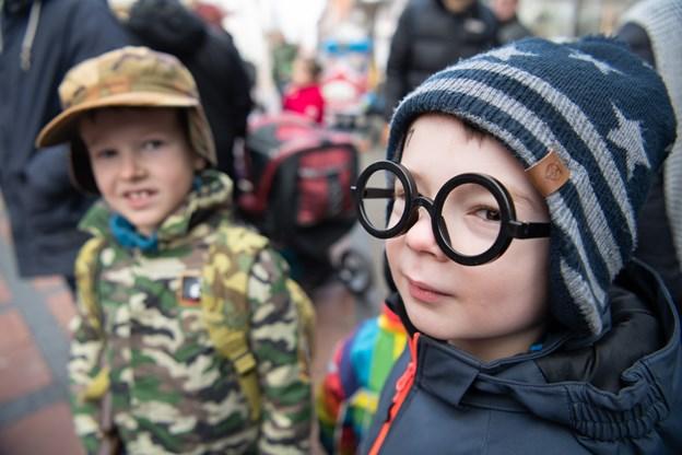 Det er ikke hverdagskost, at man møder en soldat og Harry Potter i gågaden.Foto: Henrik Louis HENRIK LOUIS