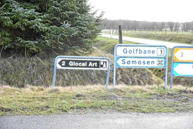 Det nye skilt på hjørnet af Ndr. Ringgade og Kirkevej. Privatfoto