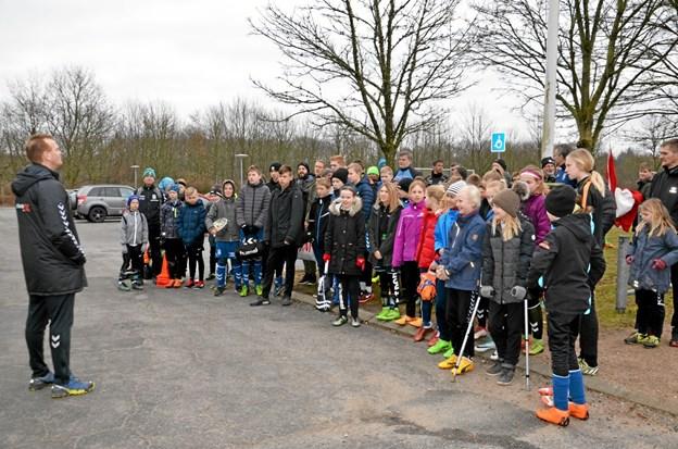 Lars Nielsen, formand for fodboldafdelingen, bød velkommen. Foto: Jesper Bøss