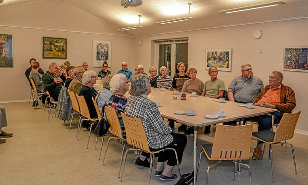 Ranum Sognehus var fyldt op med byens beboere, som fik en god orientering om Ranum Asylcenter. Foto: Mogens Lynge
