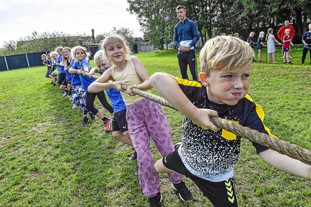 3. A fra Koldby Skole vandt tovtrækning mod Hurup. Foto: Ole Iversen