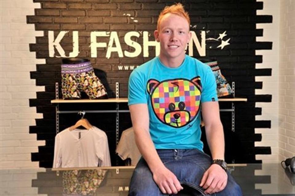 37a59097017 Kasper Jensen, 23 år, er klar til at åbne sin nye tøjbutik på torsdag,  efter at han har arbejdet hos Tøjeksperten i Brovst et par år.