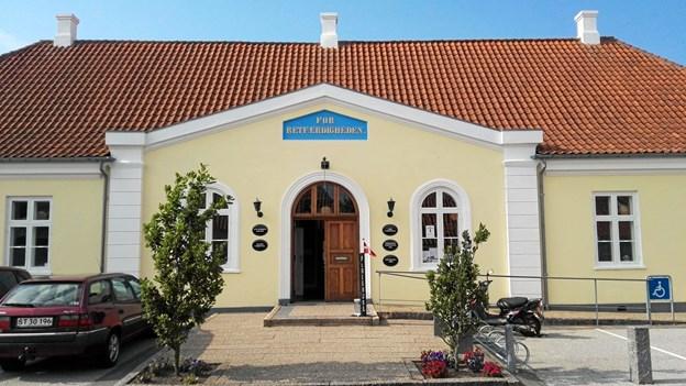 """Fredag 16. november er der Fredags Café med John Henrik Andersen som fortæller om lovgivning og regler omkring arv og testamente, samt det såkaldte """"gode testamente"""". Privatfoto."""