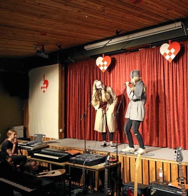 Et par krævende standup komikere forlangte, at publikum morede sig over deres vittigheder.Foto: Jørgen Ingvardsen Jørgen Ingvardsen