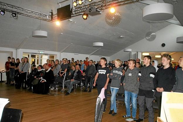 Konfirmander fra blandt andet Hou og Hals var forrige weekend samlet til en hektisk weekend i Sæsing. Privatfoto