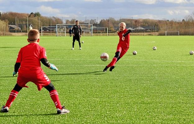 I uge 27 er der fodboldskole i samarbejde mellem AaB og Brønderslev Idrætsforening PR-foto