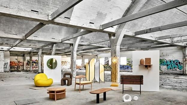 Alle de studerendes møbler udstillet i Milano. Privatfoto