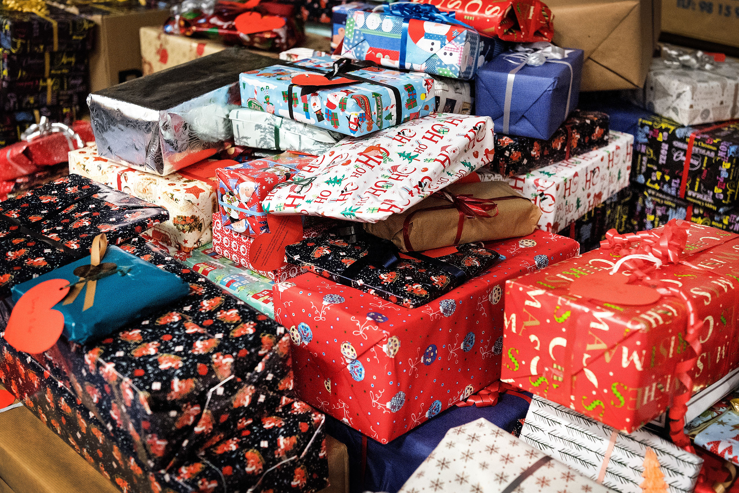 Julekurven er til hele familien, og der er også en julegave til børnene. Arkivfoto: Torben Hansen