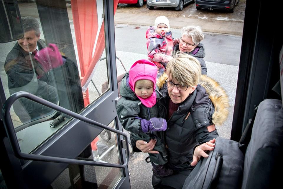 Foto: Kim Dahl HansenNordjyske bussen holder ved Tornby hallen