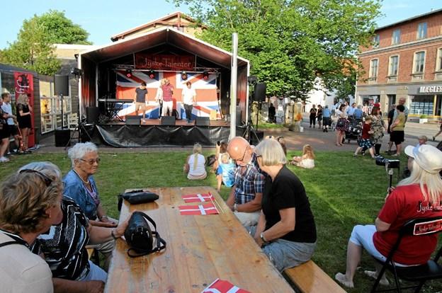 Ved Open By Night 24. maj i Dronninglund har landsdelens sangtalenter mulighed for at optræde på den store scene. Arkivfoto: Jørgen Ingvardsen