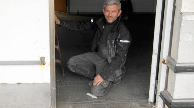 Henrik Kristensen var interesseret i den store jerndør. Flemming Dahl Jensen