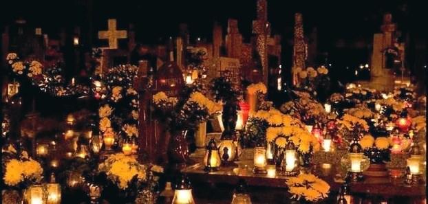 Søndag 4. november er der allehelgens gudstjeneste i Lyngså og Albæk kirker. Privatfoto.