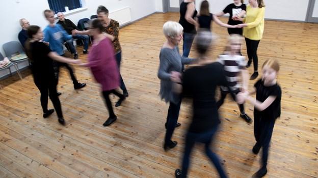 Der er 14 dansere i Ø. Hjermitslev B og U dansere, men de vil gerne være flere. Foto: Laura Guldhammer