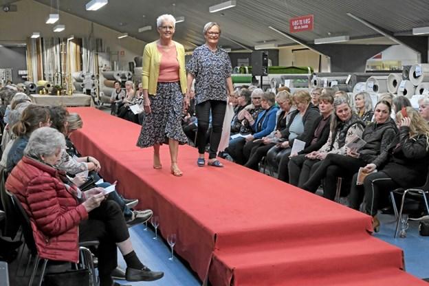 Hanne og Inge præsenterer moderigtigt og ungdommeligt tøj til den modne kvinde. Foto: Niels Helver Niels Helver