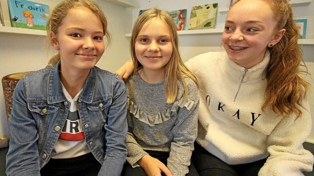 Anne Louise Isaksen, Anne Østergaard Christensen og Cathrine Dam Sørensen går alle på forfatterskolen og elsker det. Foto: Jørgen Ingvardsen