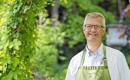 Claus Dalby gæster Hadsund KulturCenter hvor han er inviteret til KulturKaffe. Foto: privat.
