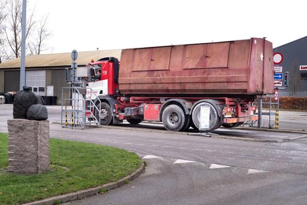 Med i købet af affaldsforbrændingen hører også den brovægt, hvor vognmænd foretager ind- og udvejning af deres last. Torben Hansen