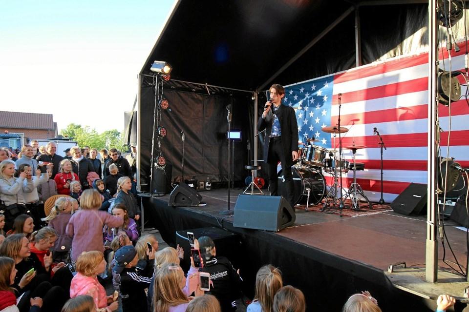 Kristian Kjærlund, vinder af X Factor 2019, trak mange mennesker til, da han optrådte. Foto: Jørgen Ingvardsen Jørgen Ingvardsen