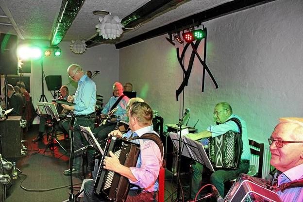 """""""Det Grå Guld"""" leverede dejlig musik til arrangementet. Foto: Hans B. Henriksen Hans B. Henriksen"""