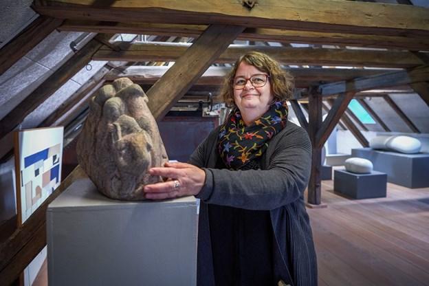 Kunsthistoriker Anne Lie Stokbro lægger op til en begivenhedsrig start på det ny år i Kunstetagerne i Hobro.      Arkivfoto: Henrik Bo