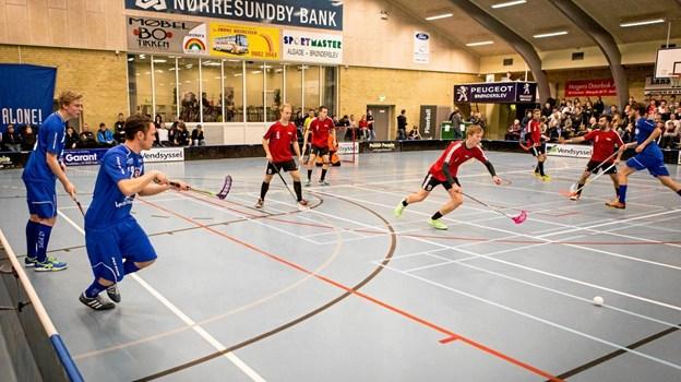 I weekenden er der stor floorball turnering i Brønderslev Hallerne.Privatfoto