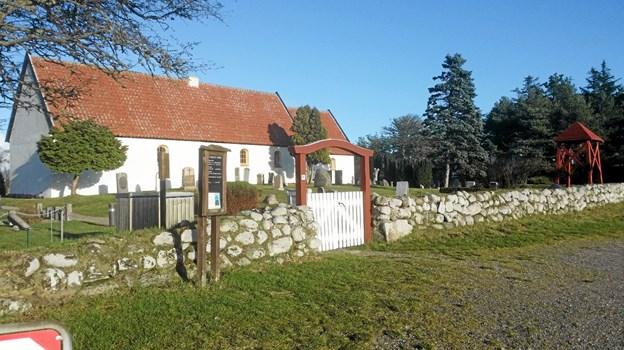 Onsdag 17 juli kan man bl.a. høre en fortælling om Raabjerg Kirke, Danmarks nordligste romanske kirke. Foto: Ole Svendsen