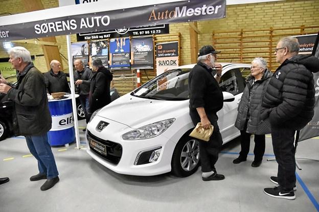 Hos Sørens Auto kunne man få en bil til særlig messepris. Foto: Ole Iversen Ole Iversen
