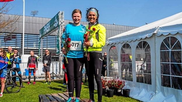 De to hurtigste kvinder på 11 km løb: Mette Brix (th.) og Sara Bloch Christensen.Foto: Jeanette Eggers Ole Iversen