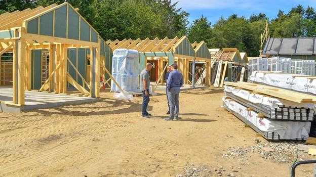 I bygningerne skal der også være lager og toiletbygningerne. Foto: Jesper Thomasen JESPER THOMASEN