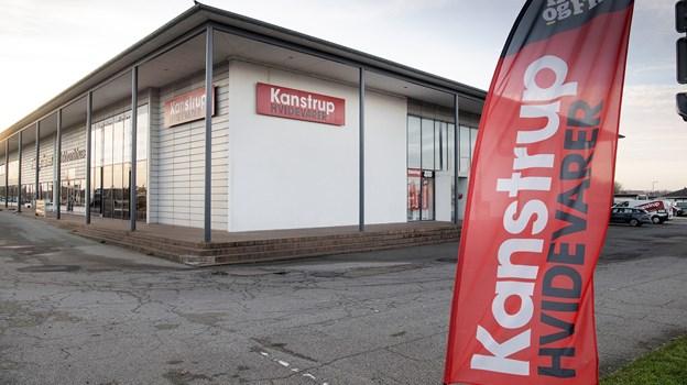 Butikken på hjørnet ud til krydset mellem Ringvej, Sennelsvej og Østerbakken får fra Nytår indkøbsfordele gennem nordens største butiksnetværk.Foto: Peter Mørk