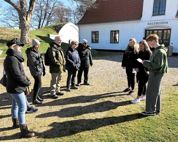 Eleverne fra 9. årgang stod selv for formidlingen af deres undervisningsforløb på Skansen. Privatfoto Allan Mortensen