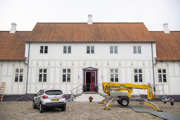"""Lerbæk Hovedgård ejes af Trigon Fonden, Jens Ole Jensen og Kim """"Peiter"""" Petersen. Der er åbent hus 17. maj. Foto: Kim Dahl Hansen"""