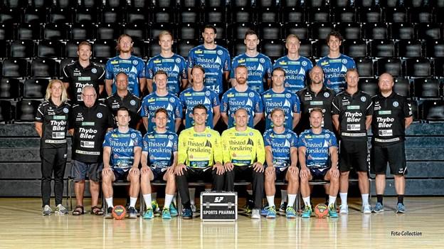 Mors-Thy Håndbolds trup for denne sæson i det nye Hummel-tøj leveret af Sportmaster Thisted. Privatfoto
