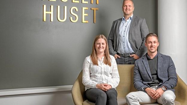 Frederikke Klith Hansen, Søren Agesen og Christopher Holving er det faste hold i Aabybro. Pressefoto