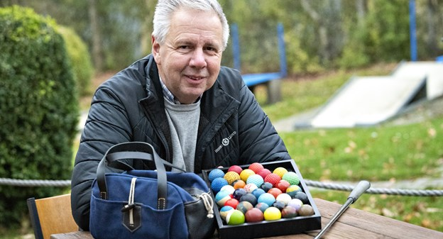 Klaus har spillet minigolf i 25 år: - Her er en sport, der byder alle velkommen