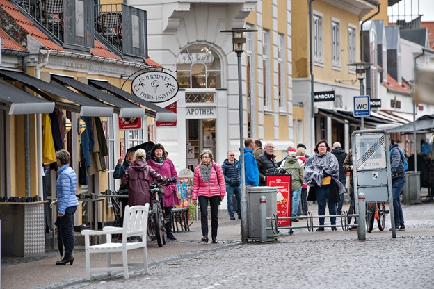 Skagen  er en aktiv handelsby med mange fine specialforretninger og kunderne kommer især fra påske og frem. foto: Hans Ravn