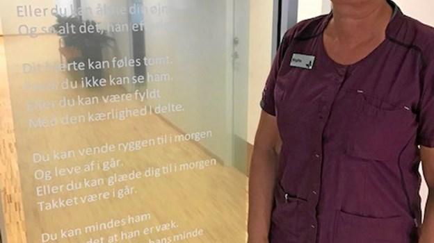 En meget smuk tekst hænger ved indgangen til og fortæller om det håb der altid er. Foto: Jesper Larsen