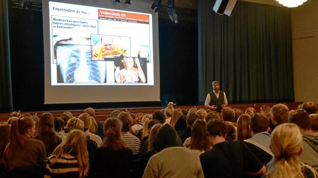 Jes Harfeld, Aalborg Universitet, holdt fælles oplæg om menneskelig optimering og tidens tendens til at udskyde døden og forlænge livet. Privatfoto