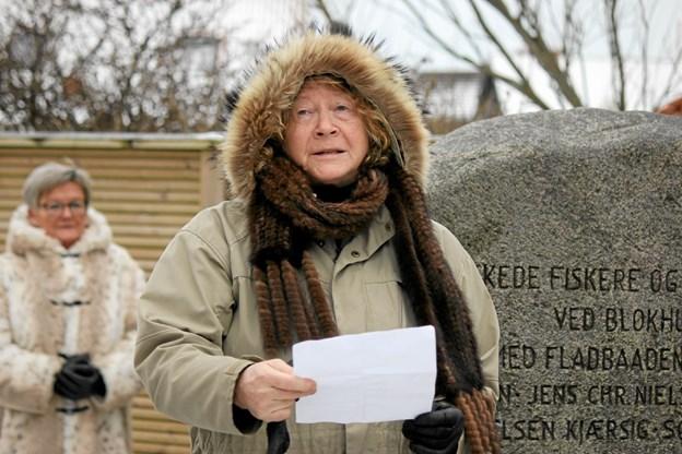 """Digtet """"Der står en sten i Blokhus"""" oplæst af Helle Sørensen. Foto: Flemming Dahl Jensen Flemming Dahl Jensen"""