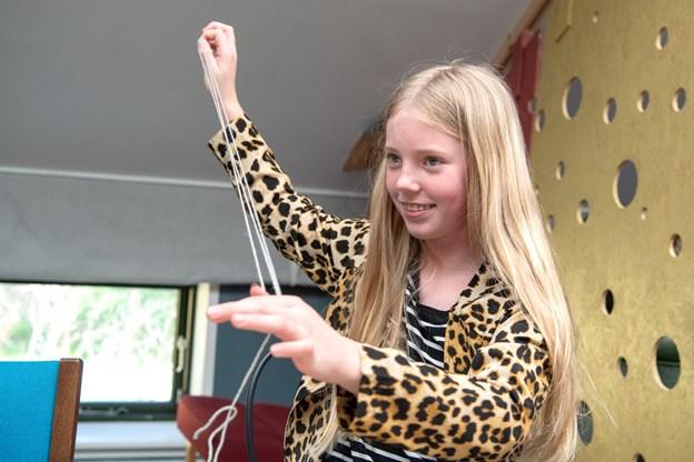 Mia Thyssen var en af kreative elever i genbrugsværkstedet. Foto: Henrik Louis HENRIK LOUIS