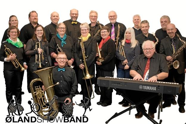 Og Øland Show Band spiller med.Privatfoto