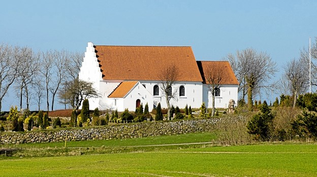 Understed Kirke placeret på kanten af Understed bakker. Foto: privat
