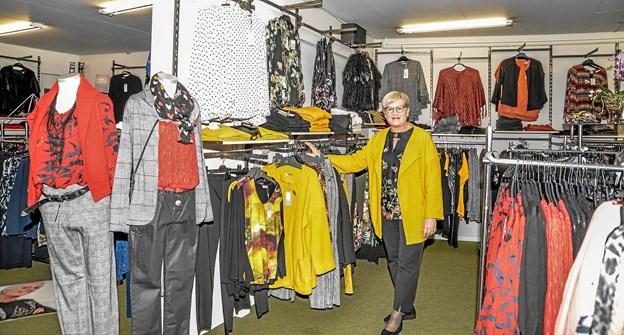 Anni Myrup i butikken i dag, hvor det er en moderne dameforretning. Foto: Mogens Lynge