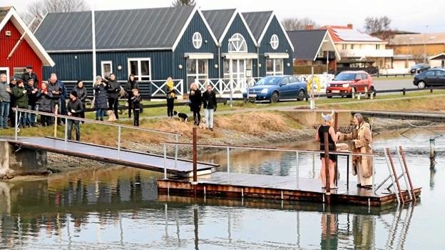 Den nye badebro danner fremover fundament for foreningens vinterbaderaktiviteter. Foto: Allan Mortensen Allan Mortensen