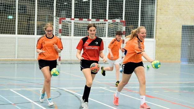 Håndboldskolen havde i år 33 deltagere, som tilbragte tre dage i Brønderslev Hallerne.Foto: Henrik Louis HENRIK LOUIS