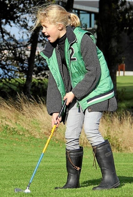 Golf er for folk i alle aldre, betoner Mariagerfjord Golfklub, som holder to åbent hus-søndag. Privatfoto