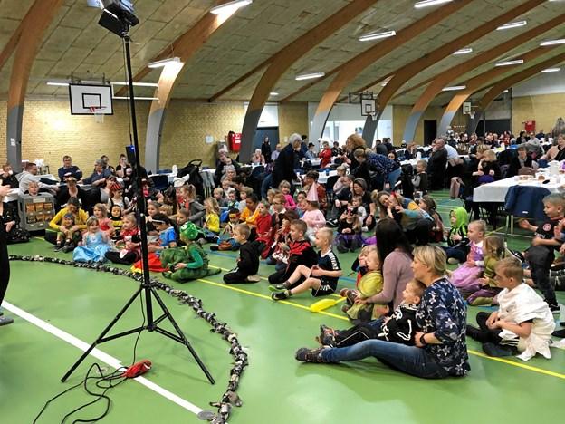Der var omkring 230 med til fastelavnsfesten i Kongerslev. Privatfoto