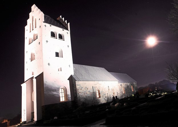 Vester Hassing Kirke danner 7. november ramme om en aften med fokus på Benny Andersen. Foto: Allan Mortensen